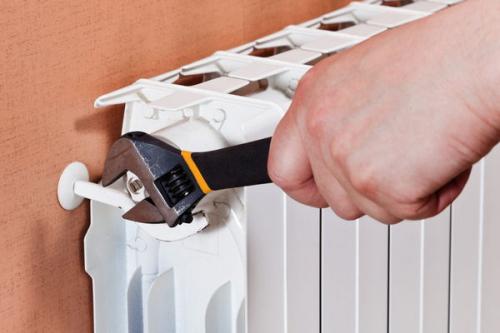 Установка радиатора отопления в Мытищах